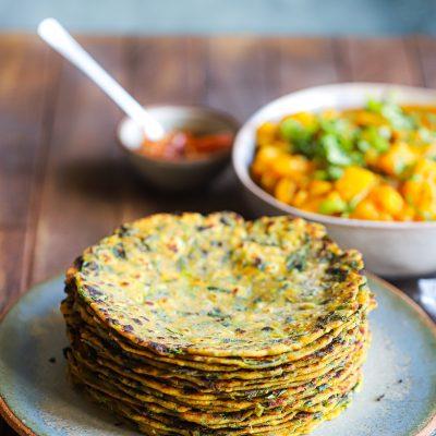 A Gujarati Meal – Methi theplas(Fenugreek Rotis) and Bateta nu Shaak(Potato Curry)