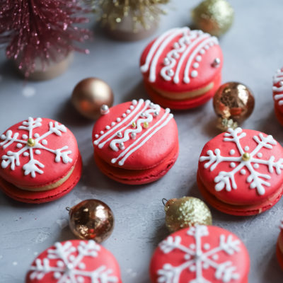 Day 8: Cranberry Macaron Ornaments with a Gingerbread Buttercream Icing