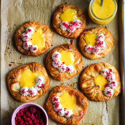 ADDICTIVE PASSION FRUIT CURD AND CARDAMOM CREAM CHEESE DANISH